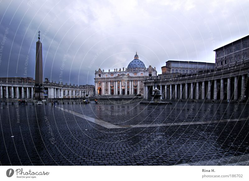 Saint Peter in the rain Vacation & Travel Sightseeing City trip Work of art Rome Italy Church Dome Places Manmade structures Basilica Tourist Attraction