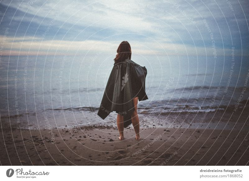 View into the distance. Lifestyle Adventure Far-off places Freedom Beach Ocean Feminine Woman Adults 1 Human being Water Horizon Weather Cape Observe Discover