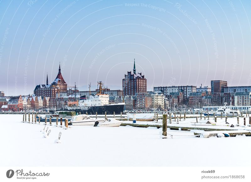 View over the Warnow to the Hanseatic city of Rostock in winter Relaxation Vacation & Travel Tourism Winter House (Residential Structure) Water River Town