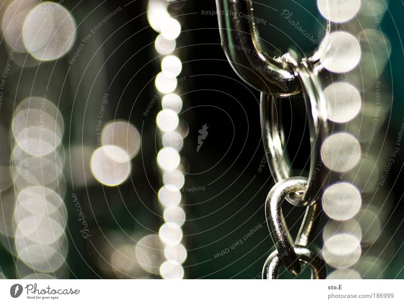 Beautiful Style Metal Elegant Glittering Design Round Decoration Illuminate Kitsch Luxury Steel Jewellery Ring Hang Chain