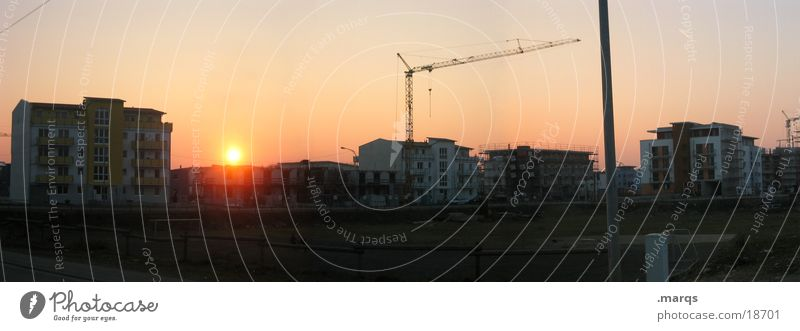 construction game Twilight Sunset Crane House (Residential Structure) Construction site Playing Light Panorama (View) Settlement Residential area Wide angle