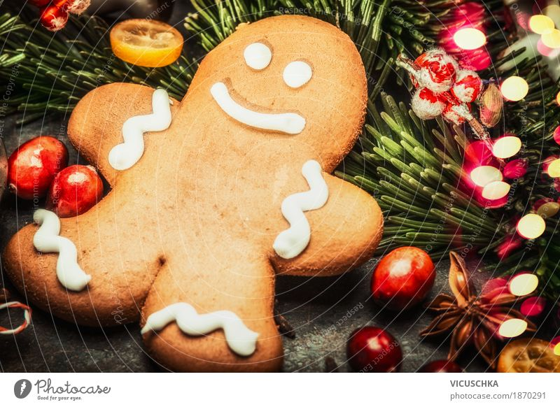 Smiling gingerbread men and Christmas decoration Dough Baked goods Banquet Style Design Joy Winter Decoration Feasts & Celebrations Christmas & Advent Sign