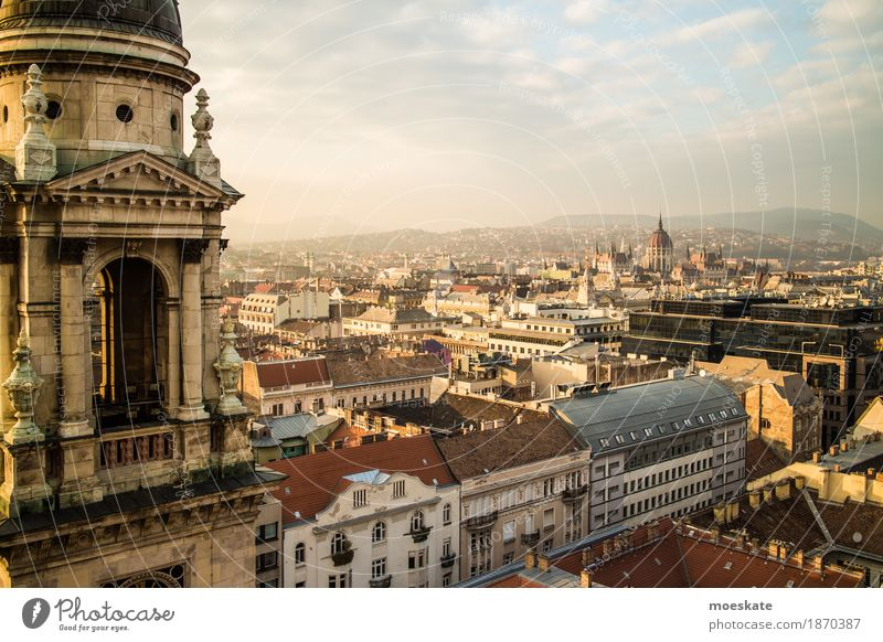 St Stephen's Basilica Budapest Town Capital city Downtown Old town Skyline Populated House (Residential Structure) Church Dome Manmade structures Building