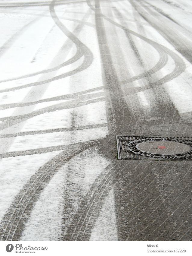 Street Cold Snow Lanes & trails Ice Transport Dangerous Frost Tracks Traffic infrastructure Curve Smoothness Road traffic Bad weather Gully Skid marks