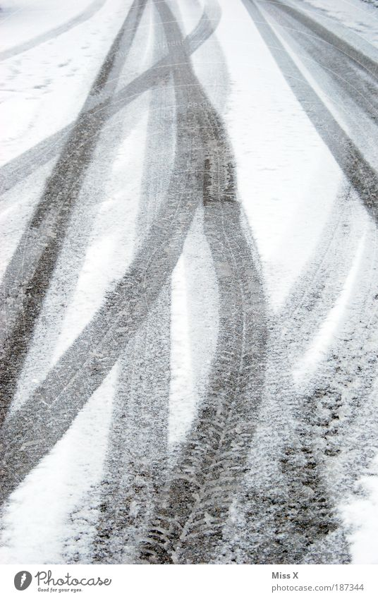White Winter Street Cold Snow Line Weather Ice Transport Frost Driving Tracks Traffic infrastructure Tire Bad weather Snowflake