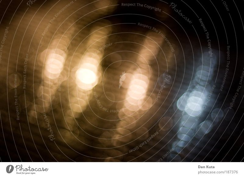 Water Winter Glittering Drops of water Circle Soft Firm Serene Ring Blur Festive Highlight Atmosphere Floor covering Image editing Pedestrian precinct