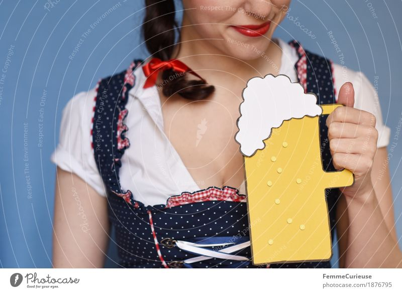 Human being Woman Youth (Young adults) Blue Young woman White 18 - 30 years Adults Feminine Feasts & Celebrations Smiling Drinking Beer Munich Tradition