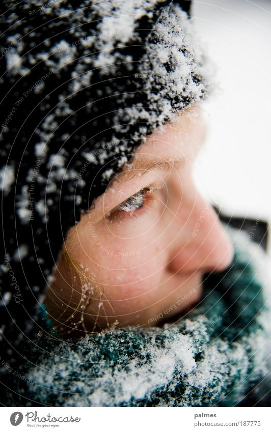 Snow thoughts Vol.2 Skin Face Feminine Young woman Youth (Young adults) Head Hair and hairstyles Eyes Nose 1 Human being 18 - 30 years Adults Scarf Cap Blonde
