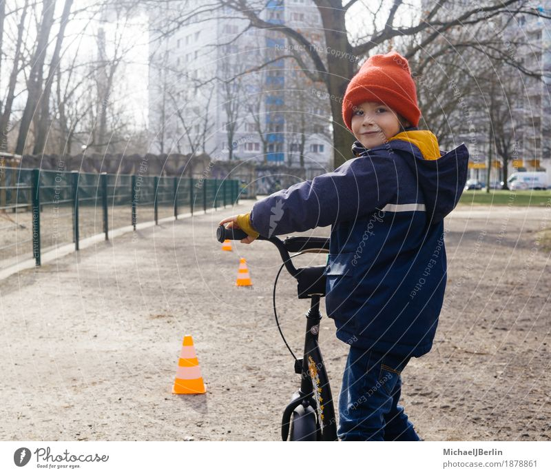Five year old child with scooter in the park Scooter Human being Masculine Child Infancy 1 3 - 8 years Berlin Capital city Means of transport Movement Study