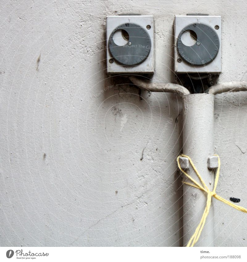 Wall (building) Gray Wall (barrier) Electricity Cable String Plastic Plaster Fastening Gymnastics Flap Bracket Distributor Splits Junction box Potter's wheel