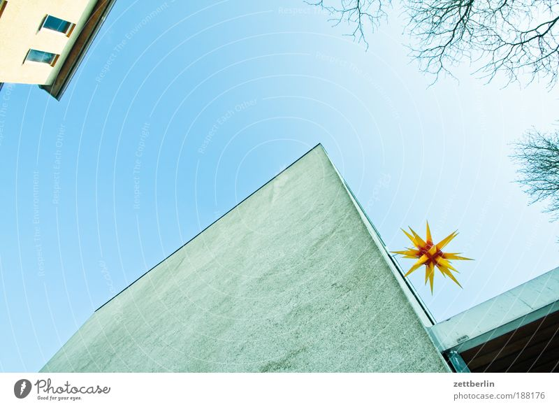 Sky Blue House (Residential Structure) Wall (building) Window Wall (barrier) Lamp Religion and faith Lighting Facade Stars Star (Symbol) Church Jewellery Beautiful weather