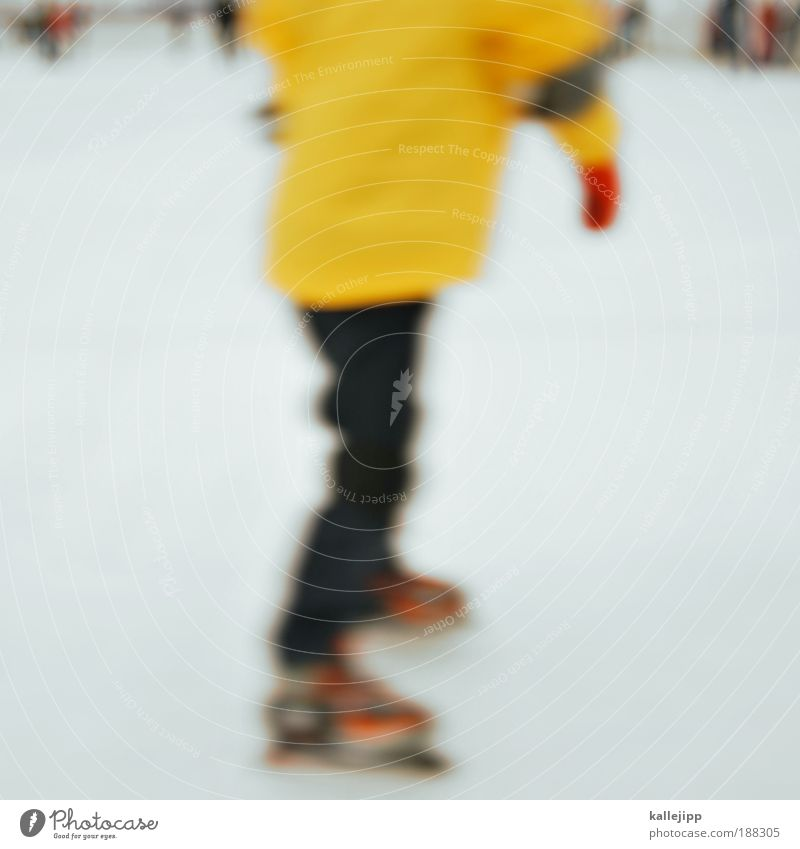 Human being Hand White Winter Joy Yellow Cold Snow Sports Group Legs Feet Ice Back Leisure and hobbies Fingers