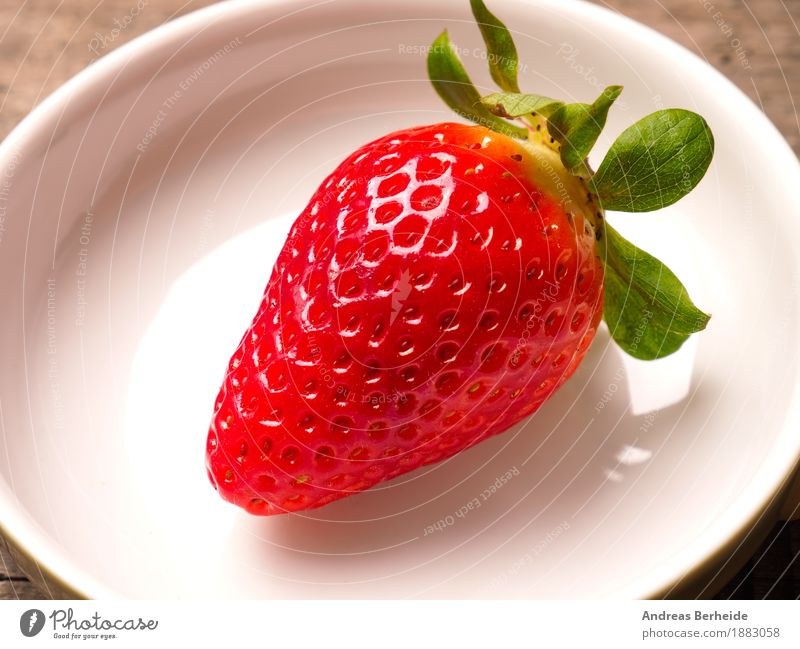 strawberry Food Fruit Breakfast Organic produce Bowl Nature Diet Sweet Top view wood Background picture red leaf white fresh green wooden health table organic