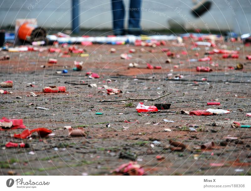 Human being Joy Lanes & trails Feasts & Celebrations Dirty Places Beginning Clean Cleaning Trash New Year's Eve Carnival Firecracker Marketplace Broom Environmental pollution