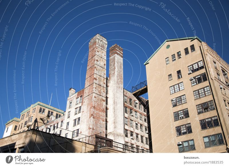 Sky Vacation & Travel Old Town House (Residential Structure) Window Architecture Wall (building) Building Wall (barrier) Tourism Facade Work and employment Living or residing USA Roof