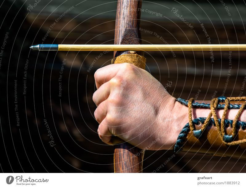 Aiming in archery Archery Arrow Concentrate Target Precision Testing & Control Bow Talented Focal point Leisure and hobbies Risk Accuracy Hand Challenging