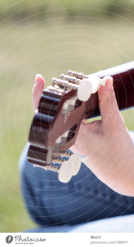 Music in your heart Harmonious Leisure and hobbies Hand Artist Musician Guitar Playing Sing Make music Fingers Guitarist Guitar position Guitar neck Play guitar