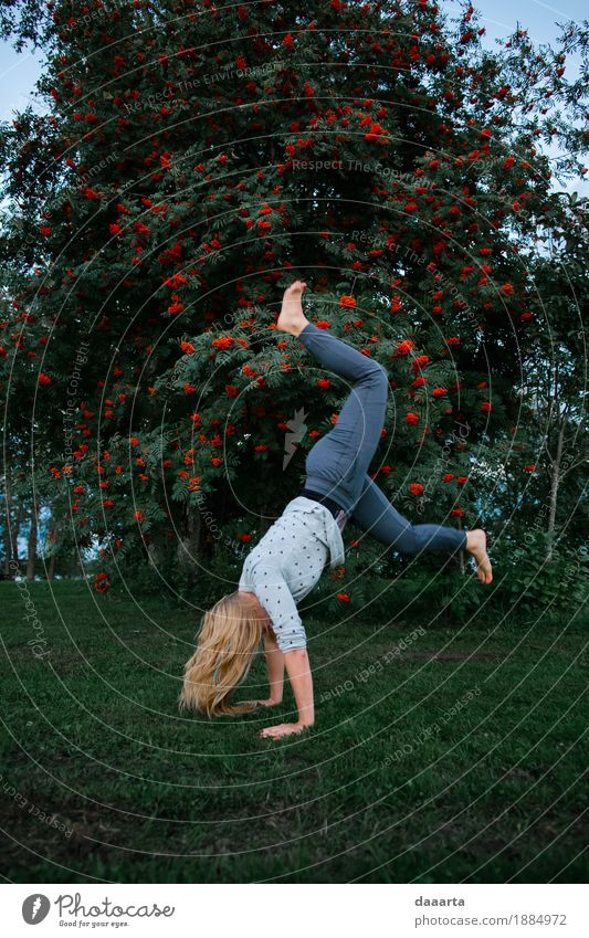 happy trying Nature Tree Joy Life Feminine Style Playing Garden Freedom Feasts & Celebrations Party Moody Wild Leisure and hobbies Park Trip