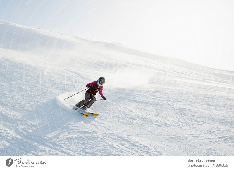 Anticipation 1 Leisure and hobbies Vacation & Travel Winter Snow Winter vacation Winter sports Skiing Human being Feminine Young woman Youth (Young adults)