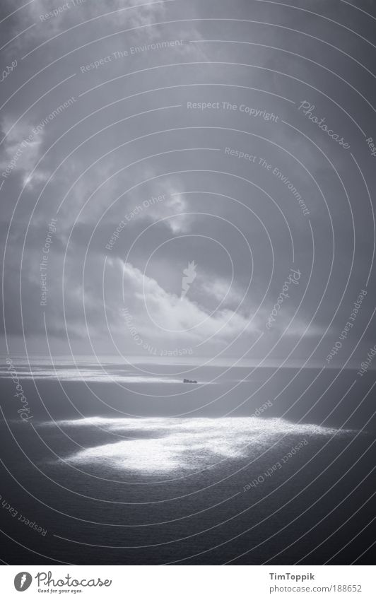 Water Sun Ocean Clouds Loneliness Dark Sadness Watercraft Threat Gale Thunder and lightning Storm Navigation Doomed Atlantic Ocean Pacific Ocean