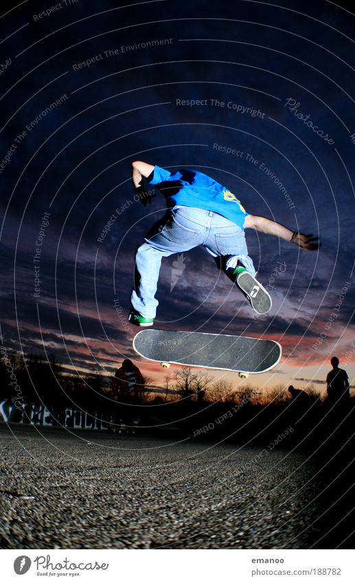 Human being Youth (Young adults) Joy Adults Sports Movement Jump Elegant Flying Masculine Lifestyle 18 - 30 years Skateboarding Rotate Athletic Positive