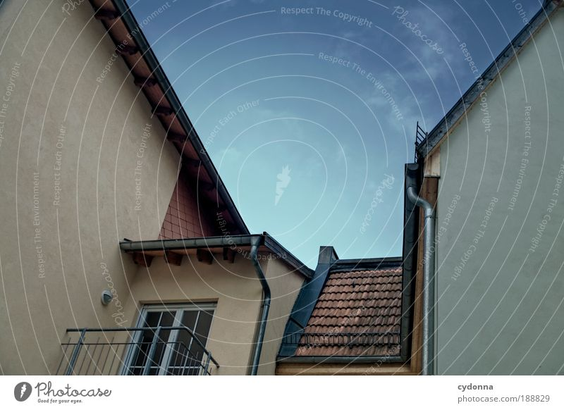 Sky Calm House (Residential Structure) Life Wall (building) Dream Sadness Wall (barrier) Line Architecture Door Design Time Perspective Esthetic Vantage point
