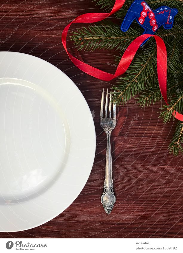 white empty plate with fork on a table Christmas & Advent White Dish Wood Brown Above Metal Elegant Vantage point Table String Restaurant Crockery Plate Dinner