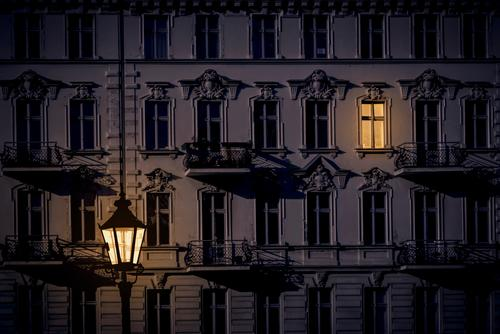 Town House (Residential Structure) Window Dark Moody Facade Flat (apartment) Lantern Capital city Hip & trendy Downtown Cozy Old building Night life Classic
