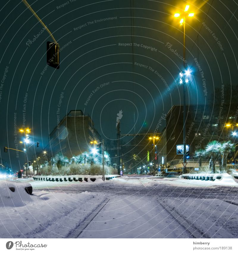 City Winter Street Snow Light Movement Night Lanes & trails Building Ice Architecture Road traffic Transport Facade Long exposure