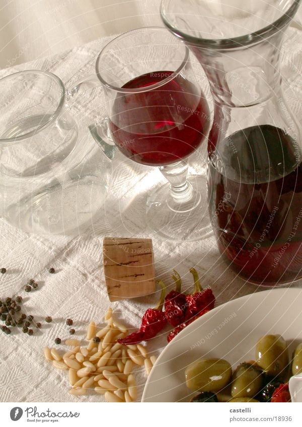 to the table...! Bottle of wine Olive Italy Table Appetizer Alcoholic drinks peperoncini Tangy Mediterranean sea Wine