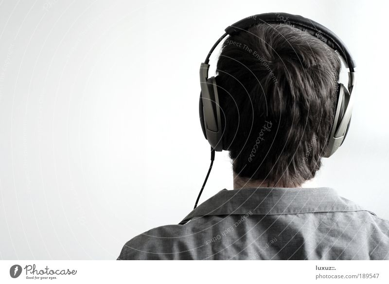 Style Hair and hairstyles Head Modern Music Technology Communicate To enjoy Study Contact Listening Radio (broadcasting) Attempt Musician Human being Pop music