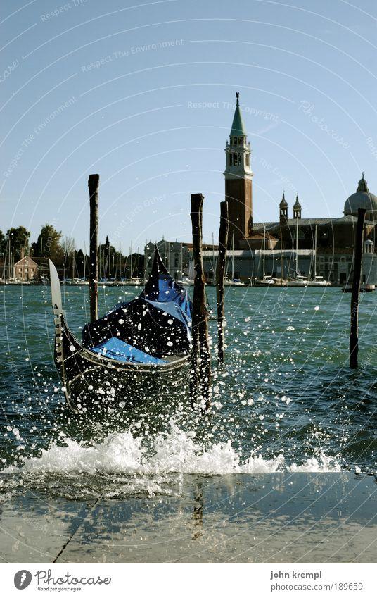 Water Watercraft Wet Cool (slang) Church Tourism Vacation & Travel Tower Colour Italy Joie de vivre (Vitality) Landmark Inject Surprise Venice Optimism