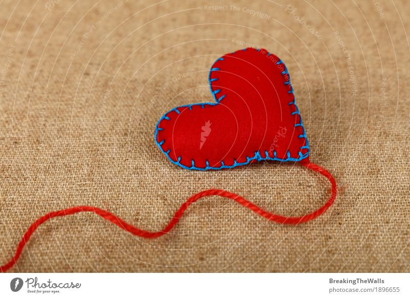 Red felt craft stitched heart with twine thread on canvas Leisure and hobbies Handicraft Handcrafts Valentine's Day Mother's Day Rope Art Cloth Heart Love