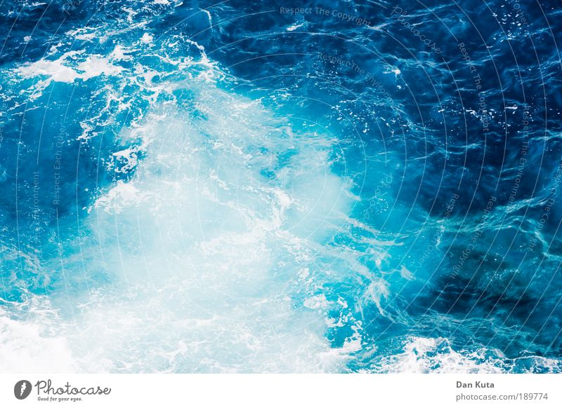 Water Ocean Blue Summer Life Emotions Movement Moody Power Wind Environment Drops of water Climate Waves Joie de vivre (Vitality) Passion
