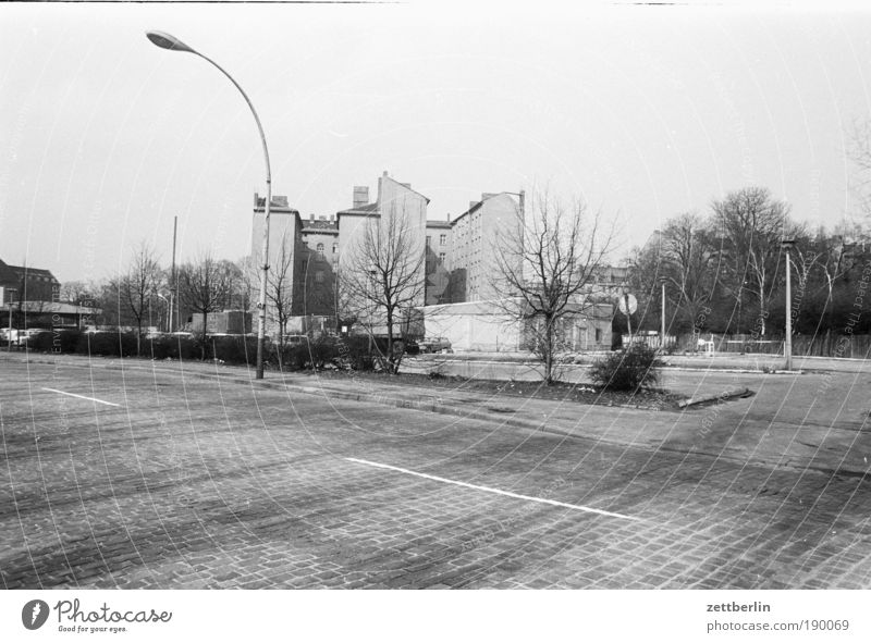 East Berlin, 1987 Street Road traffic House (Residential Structure) Friedrichshain Lantern Cobblestones Empty Expressionless Deserted