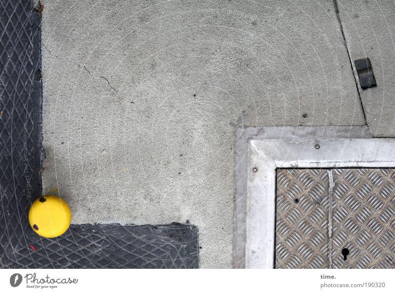 Op Fleetenkiek (II) Elegant Stone Concrete Metal Line Esthetic Thin Sharp-edged Yellow Gray Orderliness building sheet Metalware Paving tiles framing Jetty