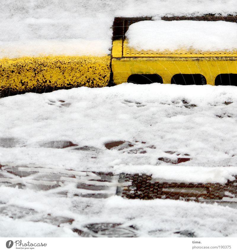 Water Yellow Street Snow Tracks Footprint Dazzle Drainage Gully Curbside Skid marks Boundary Roadside