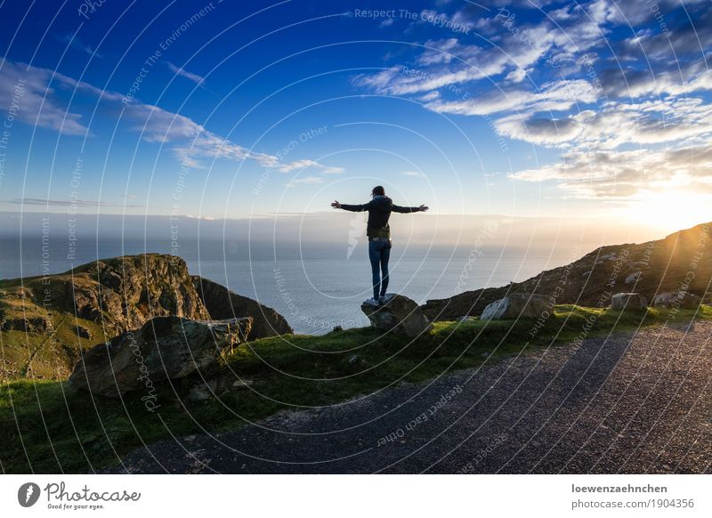 Human being Sky Nature Vacation & Travel Youth (Young adults) Young woman Water Sun Ocean Landscape Relaxation Clouds Far-off places 18 - 30 years Mountain Adults