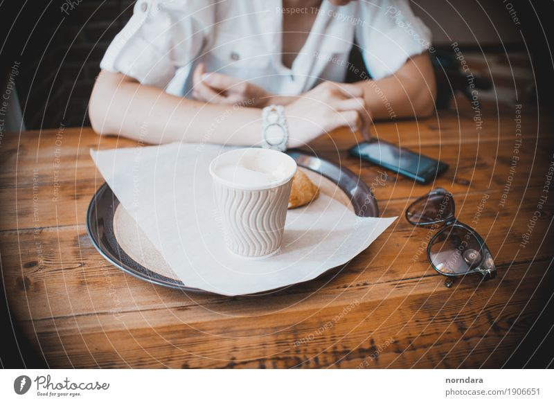 coffee time Lunch To have a coffee Beverage Coffee Plate Mug Lifestyle Shopping Select Business Telephone Sunglasses Café Disposable bottle Colour photo