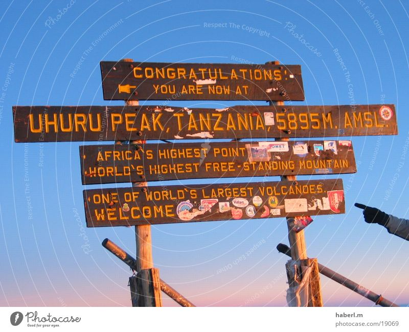 Kilimanjaro Air Cold Wind Beautiful Experience Africa Peak Meter Contentment Mountain Tall Sky Success To enjoy self-awareness Signs and labeling 5895