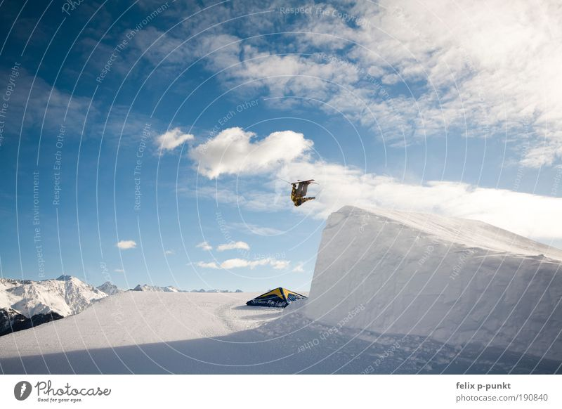 Human being Winter Mountain Style Sports Lifestyle Jump Masculine Leisure and hobbies Success Fitness Skiing Skis Sports Training Rotate Clouds