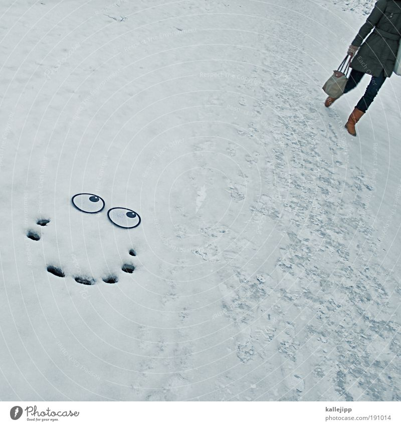 You make the ice melt. Lifestyle Style Human being Woman Adults Man Couple Eyes 2 Winter Ice Frost Snow Looking Love Love affair Valentine's Day Flirt Laughter