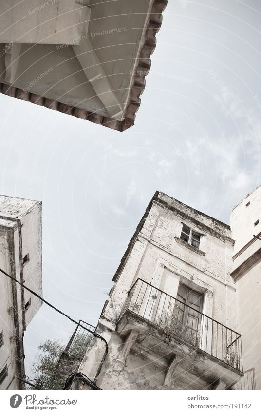 Old White Blue Summer Building Warmth Facade Places Gloomy Tourism Roof Broken Living or residing Transience Derelict