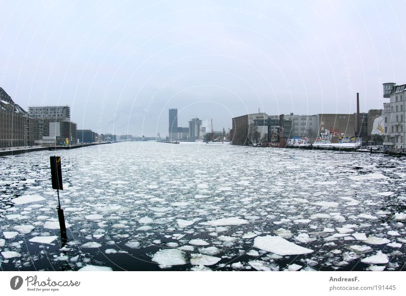 arctic Berlin Winter Environment Nature Landscape Water Climate Climate change Snow River Cold Ice Ice floe Spree Frost Oberbaumbrücke Float in the water