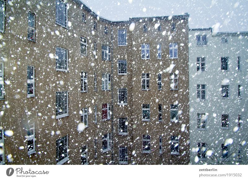 Town House (Residential Structure) Winter Window Cold Snow Berlin Wall (barrier) Facade Snowfall Living or residing Copy Space Weather Apartment Building
