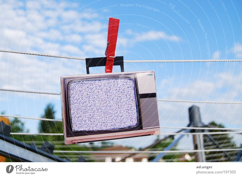 The dirt's gone. TV set Screen Entertainment electronics Telecommunications Information Technology Media Television Watching TV Cleaning Threat Sustainability