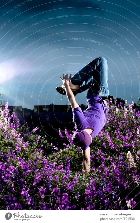 purple Lifestyle Exotic Joy Leisure and hobbies Summer Dance Masculine 1 Human being 18 - 30 years Youth (Young adults) Adults Fashion Jump Gymnastics