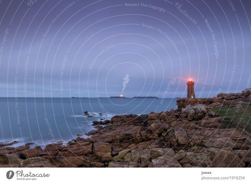 Phare de Ploumanac'h Vacation & Travel Tourism Landscape Sky Horizon Rock Waves Coast Ocean Lighthouse Tourist Attraction Historic Maritime Violet Red Safety