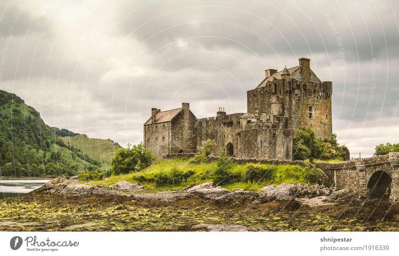 Eilean Donan Castle Vacation & Travel Tourism Trip Sightseeing City trip Mountain Exhibition Museum Architecture Actor Culture Landscape Clouds arboria Scotland