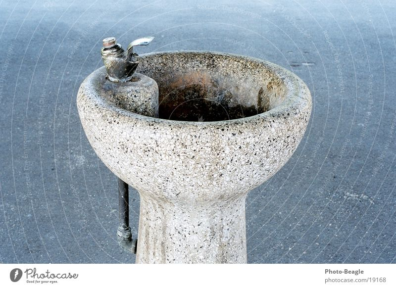 drinking fountain Well Drinking water Water Beverage Jump Transport drinking fountains stone fountain Stone potable water eau